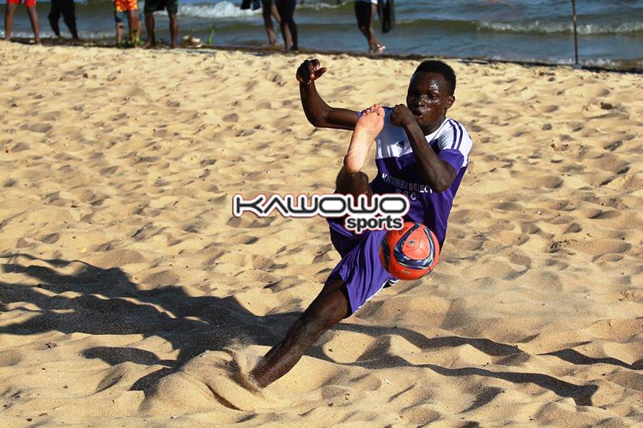 roch_somoka_nkumba-university_beach-soccer