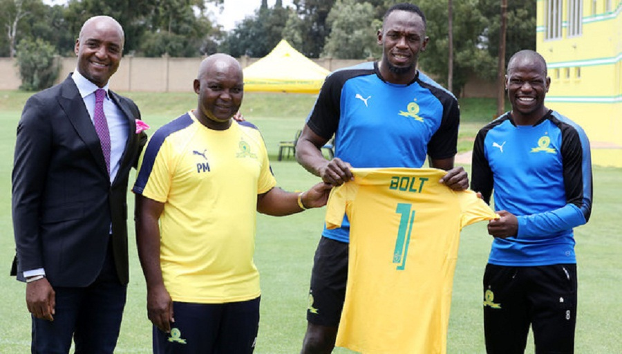 Football: Usain Bolt joins All White Jeremy Brockie at football practice