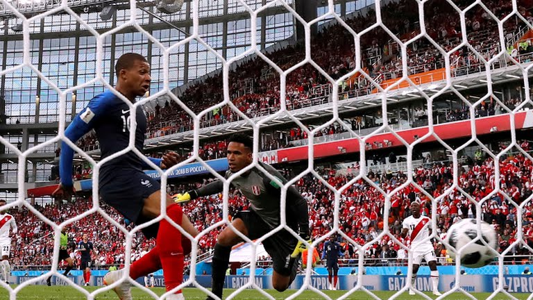 Things that went wrong for Peru against France